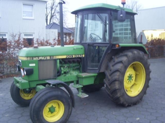 TractorDatacom John Deere 2355 tractor information
